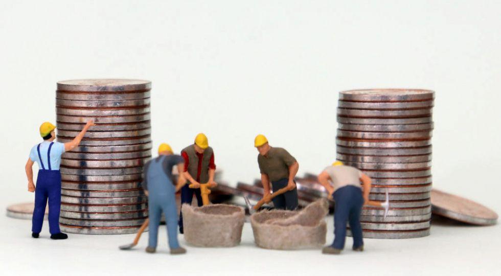 El salario medio anual subió un 1,9% en 2019, hasta 23.450,25 euros