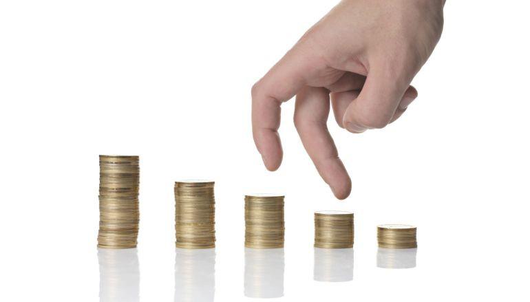La subida salarial pactada en convenio se mantiene en el 1,96% hasta junio, frente a un IPC negativo