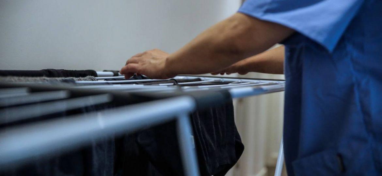 Cómo actualizar los datos del salario de una empleada de hogar a la Seguridad Social antes del 31 de marzo